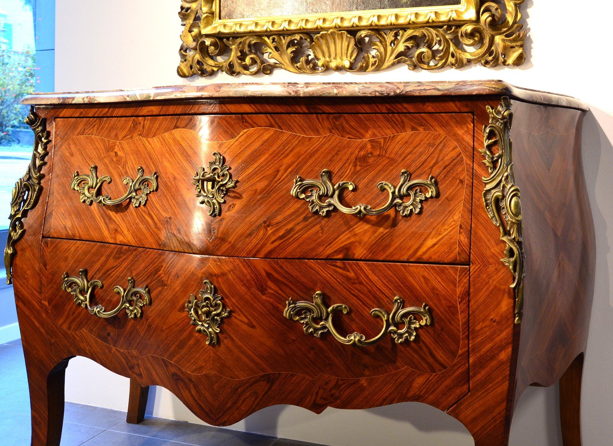 Cassettone di stile Luigi XV Francia, seconda metà del XIX secolo ...